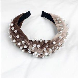 Velvet Pearl Knotted Headband - Mocha